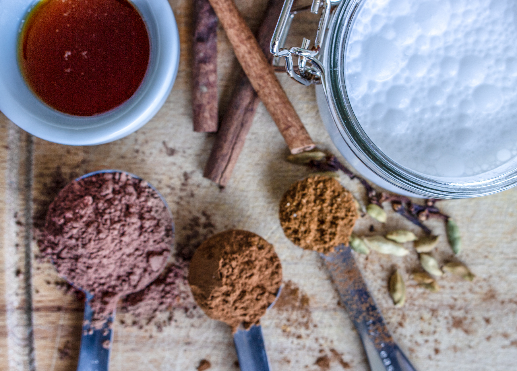 Ingredients paleo coconut hot chocolate