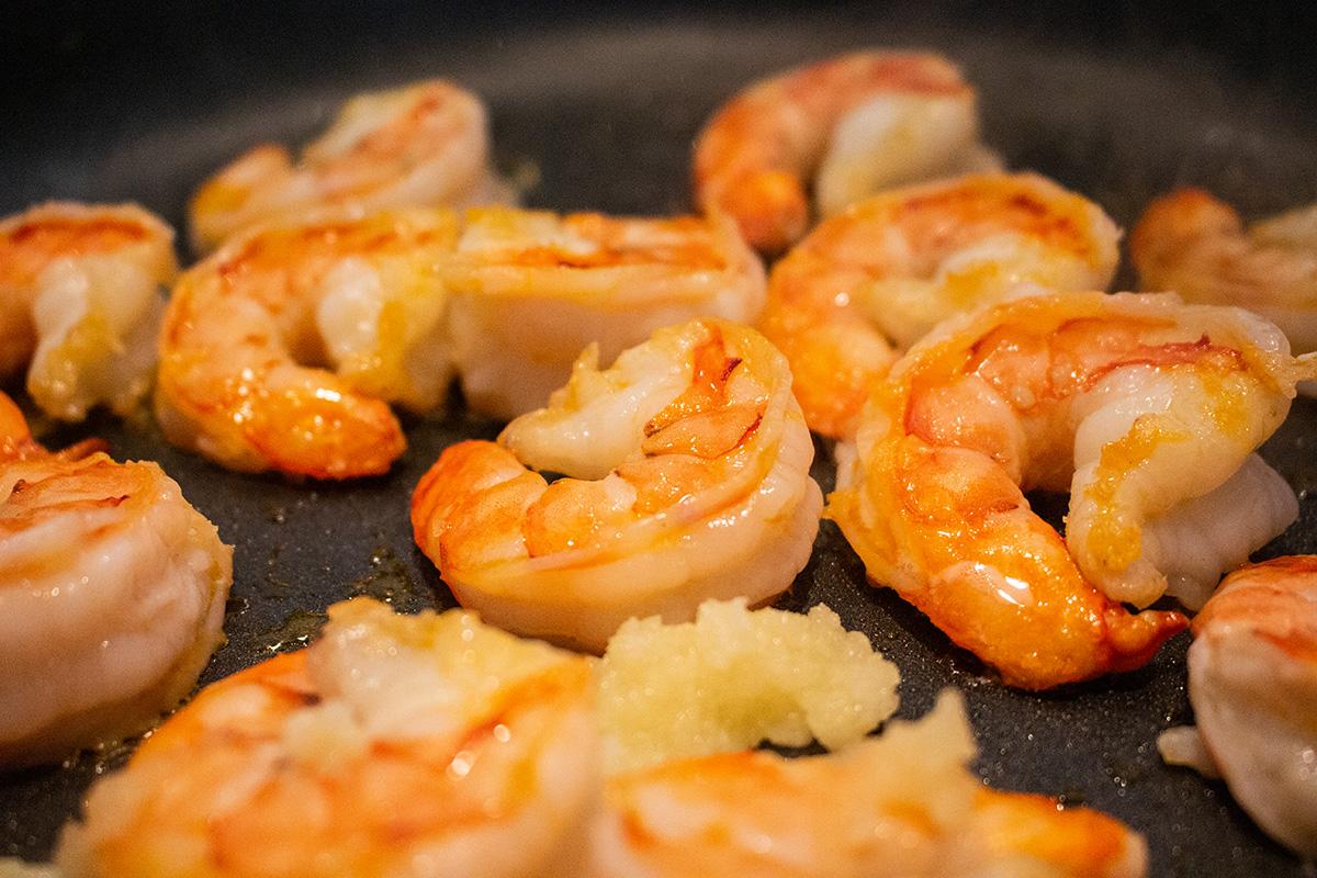 fried garlic prawns