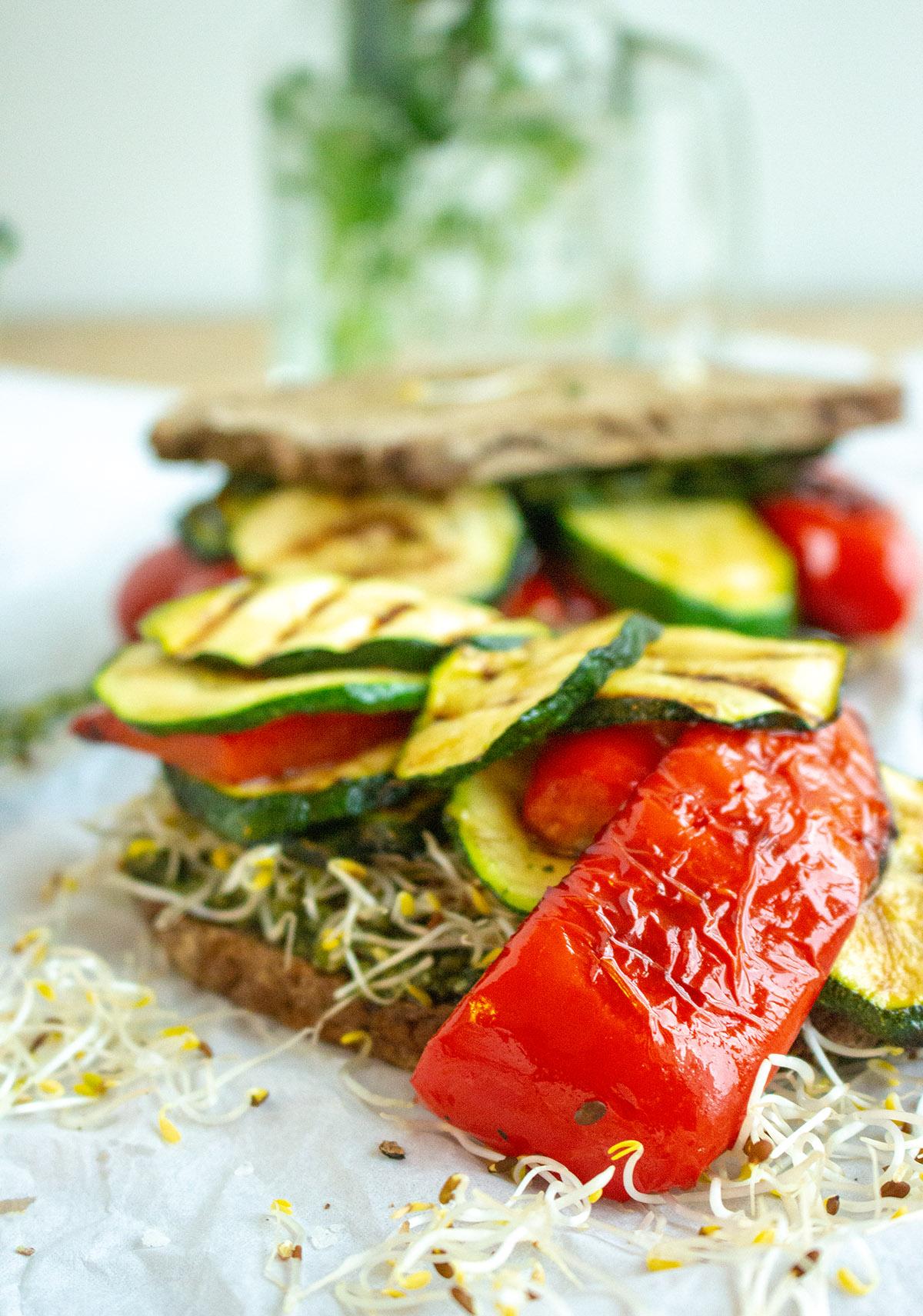 Grillgemüse-Sandwich