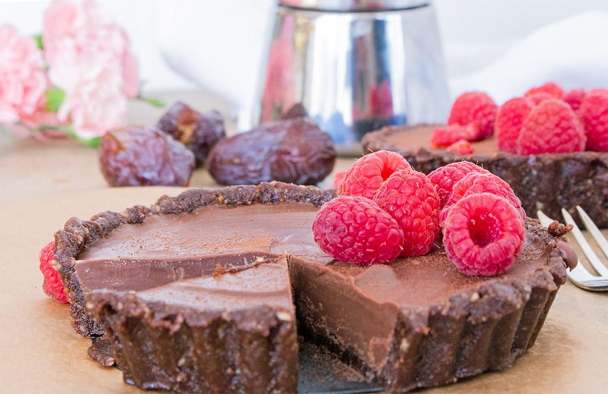 roher Schokoladenkuchen, roher schokoladenfondant, vegane tarte, vegan cake, raw cake