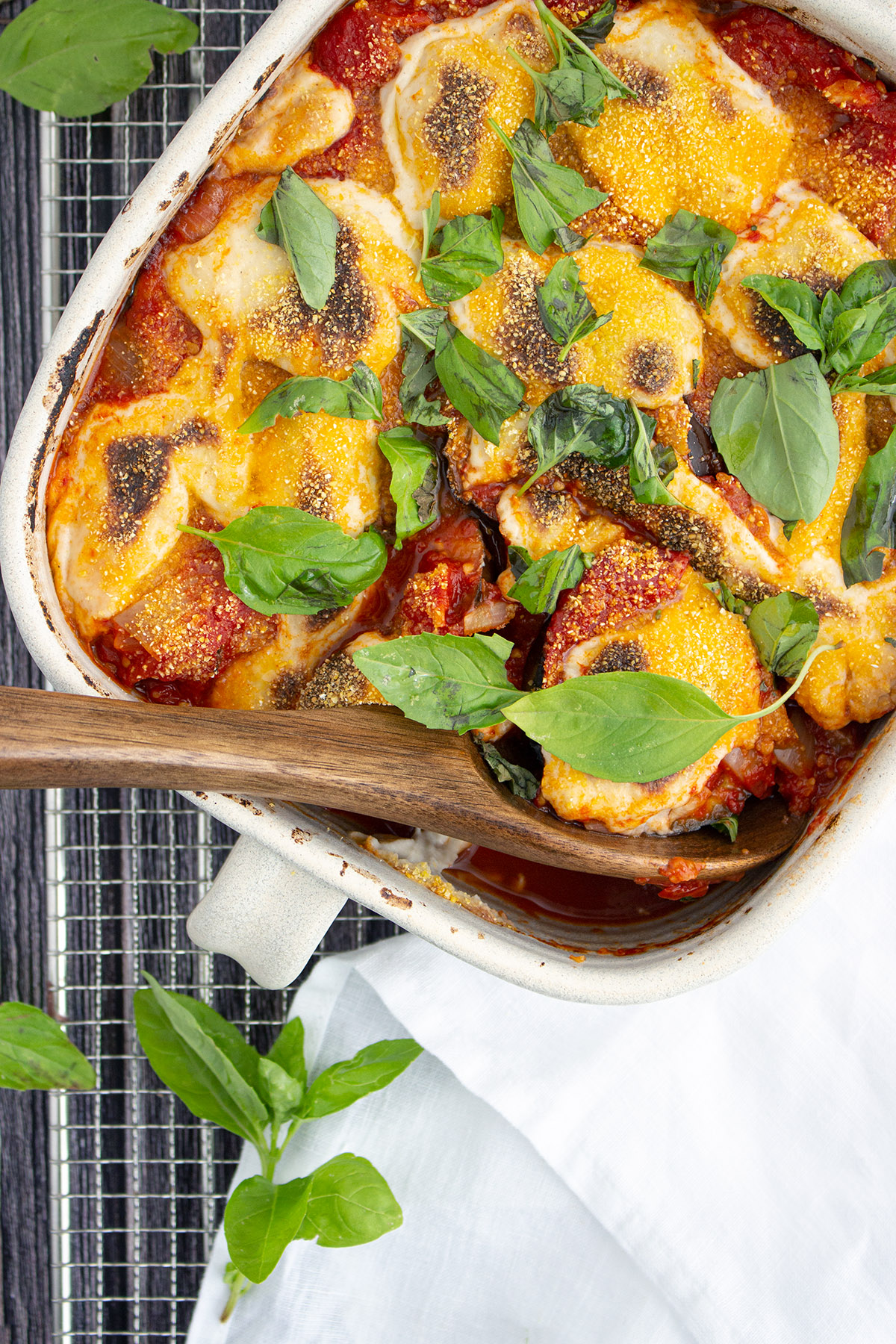 Auberginen Parmigiana (veganer Auberginenauflauf), Vegan aubergine parmigiana, vegan vegetable bake